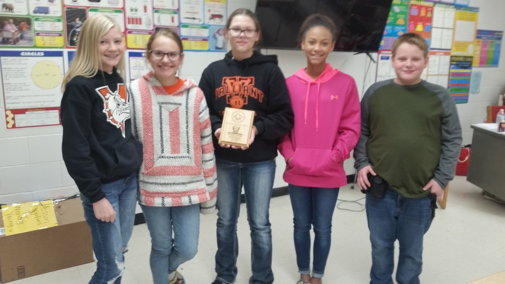 Valliant Hosted the Phoenix Middle School Quiz Bowl tournament on February 21st, and won the Runner-up title